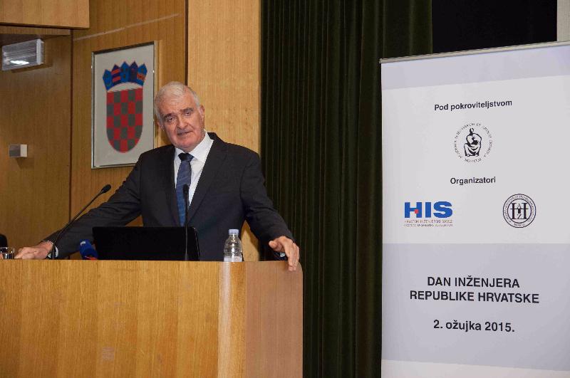 5-pozdrav-predsjednik-hazu-akademik-zvonko-husic